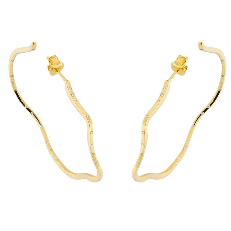 Jona White Diamond 18 Karat Yellow Gold Hoop Earrings For Sale 1