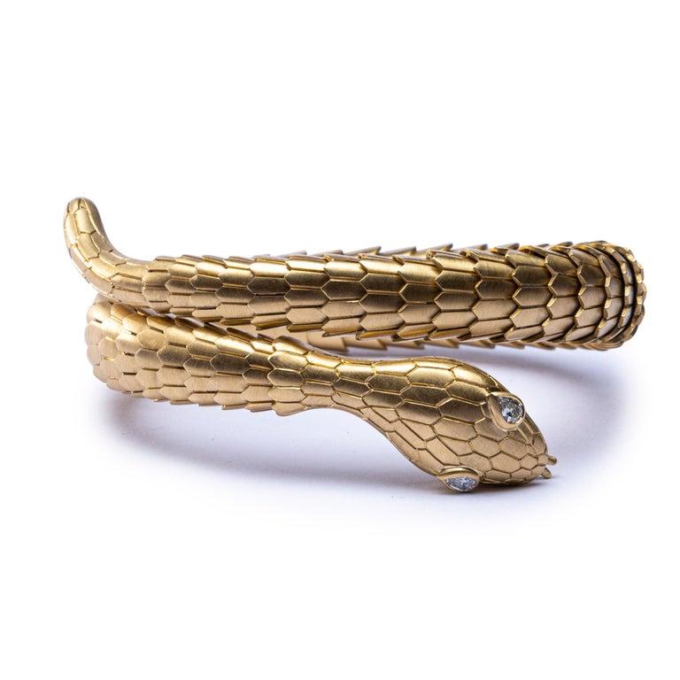 Contemporary Jona White Diamond 18 Karat Yellow Gold Snake Coil Bracelet For Sale