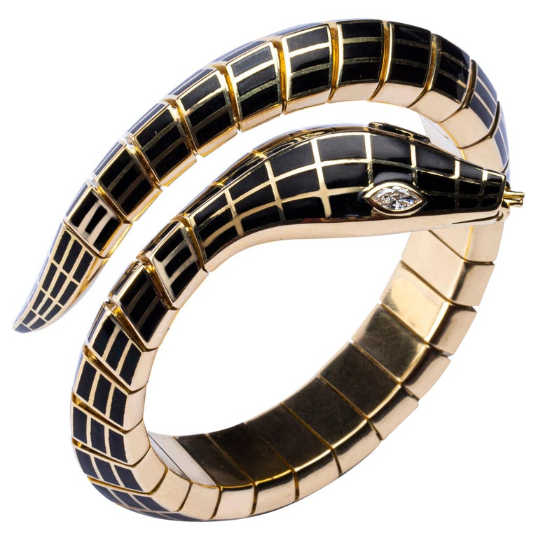 Marquise Cut Jona White Diamond Black Enamel 18 Karat Yellow Gold Flexible Snake Bracelet For Sale