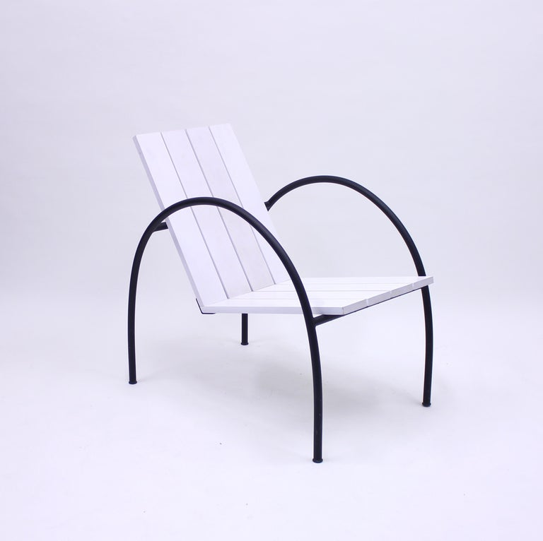 The Liv armchair was designed by Jonas Bohlin in 1997 for an exhibition called LIV (