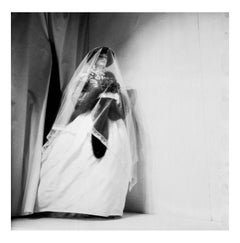 Oscar de la Renta Bride, Fall Collections, New York, April 1982