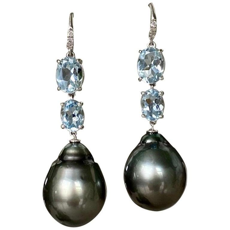 18 Karat White Gold Black Tahitian Pearl Aquamarine Diamond Drop Dangle Earrings For Sale