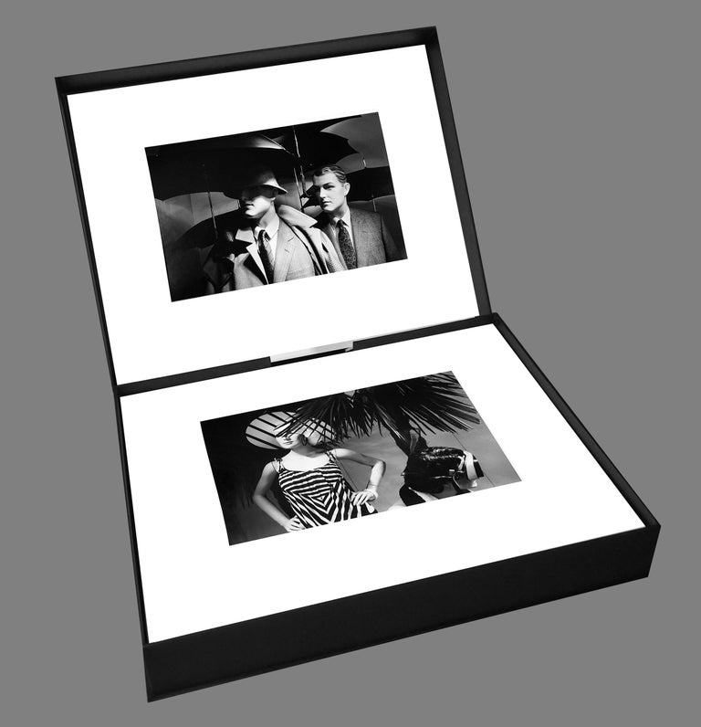 Au chic Parisien - Off-Print # 1  - 1981 - Minimalist Black & White Photography For Sale 3