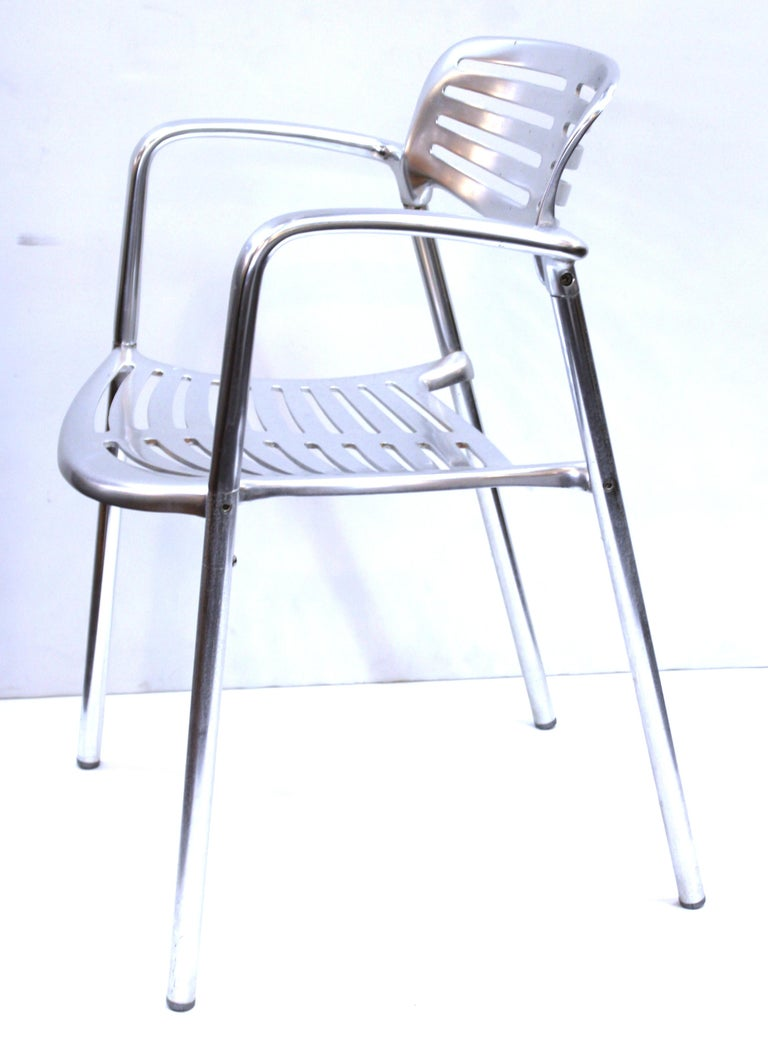 Spanish modern aluminum pair of 'Toledo' armchairs designed by Jorge Pensi for Amat and distributed by Knoll. The chairs can be used indoors as well as outdoors and have a makers mark on the bottom of the seat. Made in the 1980s in Spain. In great