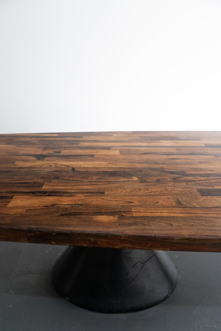 Mid-20th Century Jorge Zalszupin Large 'Guanabara' Rosewood Vintage Dining Table For Sale