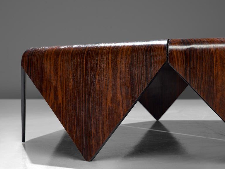 Jorge Zalszupin 'Pétalas' Coffee Table in Rosewood In Good Condition For Sale In Waalwijk, NL