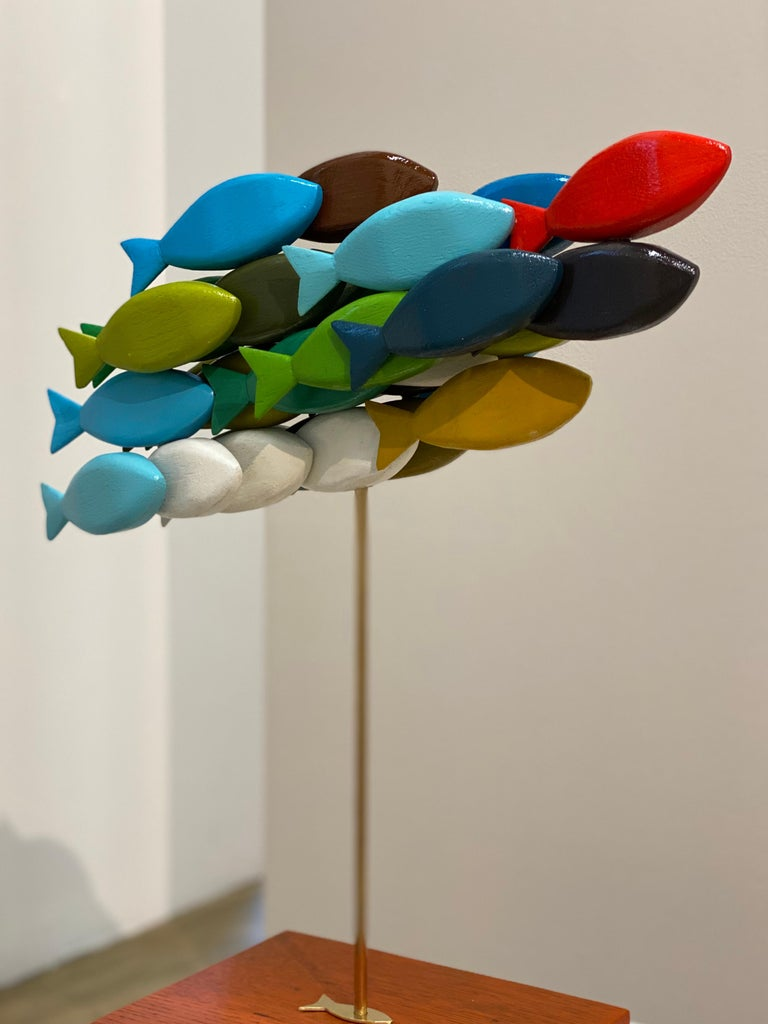 Jos de Wit Figurative Sculpture - School of Fish- 21st Century Contemporary Wooden Colorful Sculpture of Fish