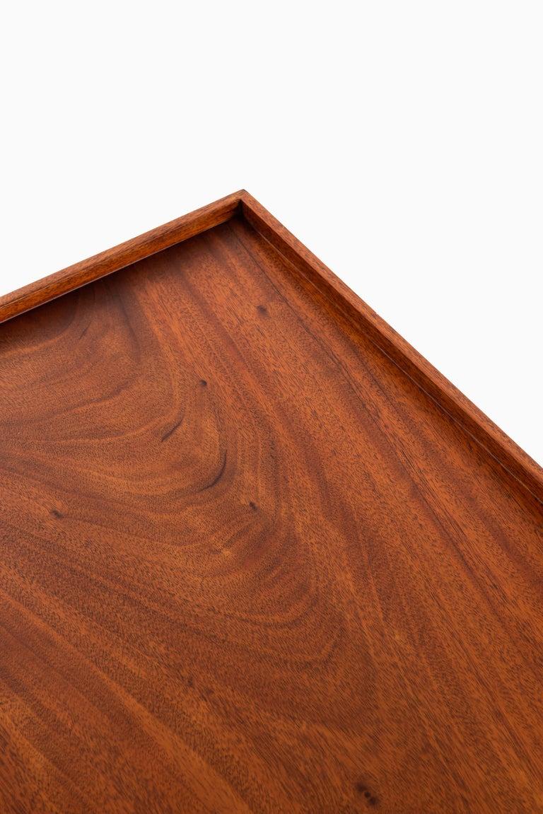 Josef Frank Bedside / Side Table Produced by Svenskt Tenn in Sweden In Good Condition For Sale In Malmo, SE