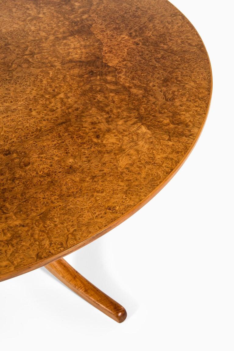 Mid-20th Century Josef Frank Dining Table Model 1020 by Svenskt Tenn in Sweden For Sale