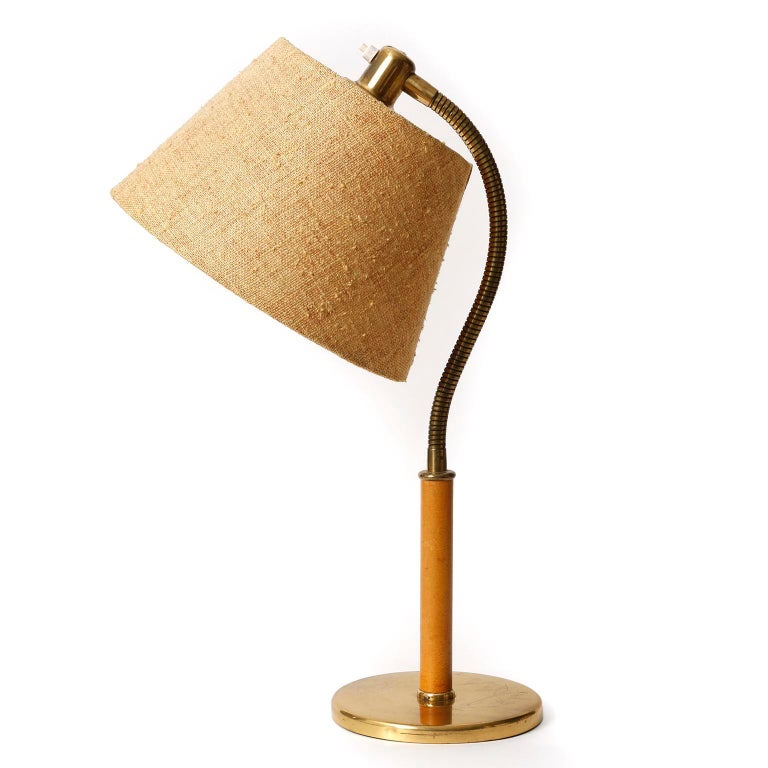 Mid-Century Modern Josef Frank Kalmar Table Lamp 'Tisch-Überall' Mod. 1092, Brass Leather, 1950s For Sale