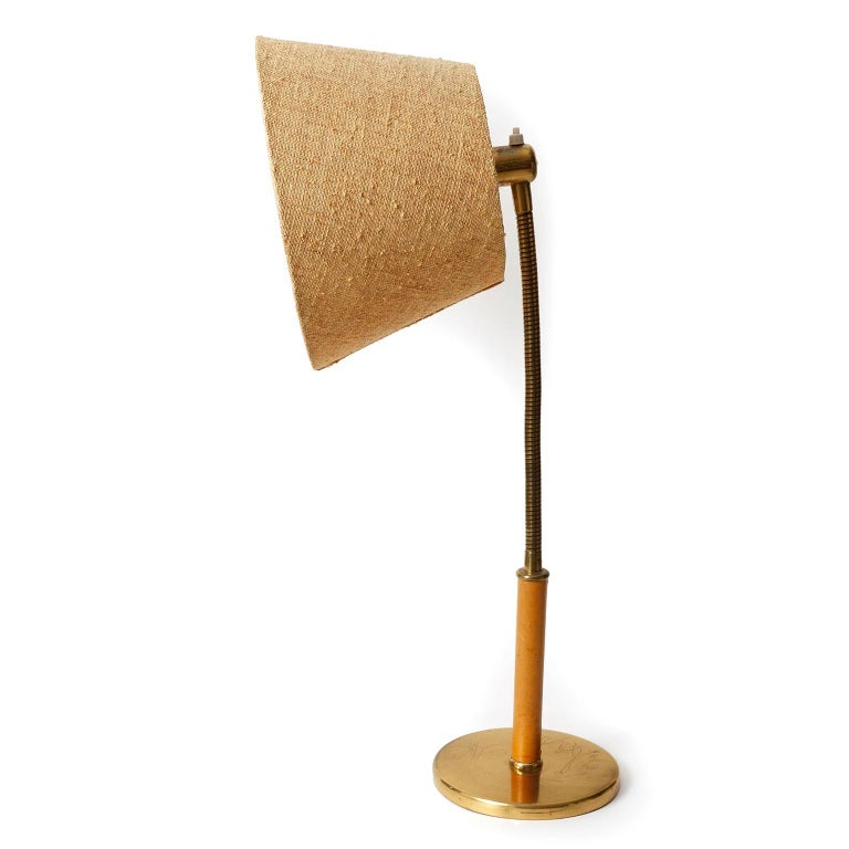 Josef Frank Kalmar Table Lamp 'Tisch-Überall' Mod. 1092, Brass Leather, 1950s In Good Condition For Sale In Vienna, AT