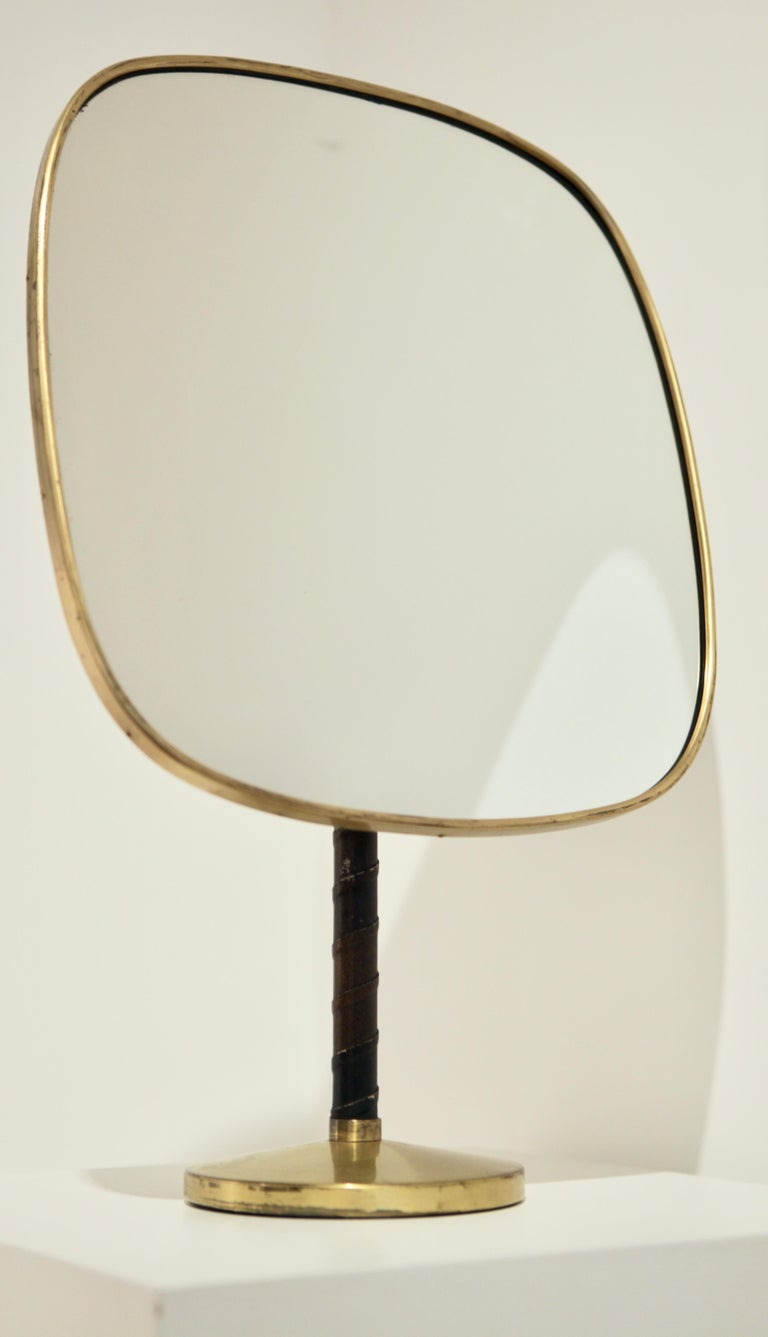 Josef Frank Large Table Mirror in Brass and Leather In Good Condition For Sale In , DE