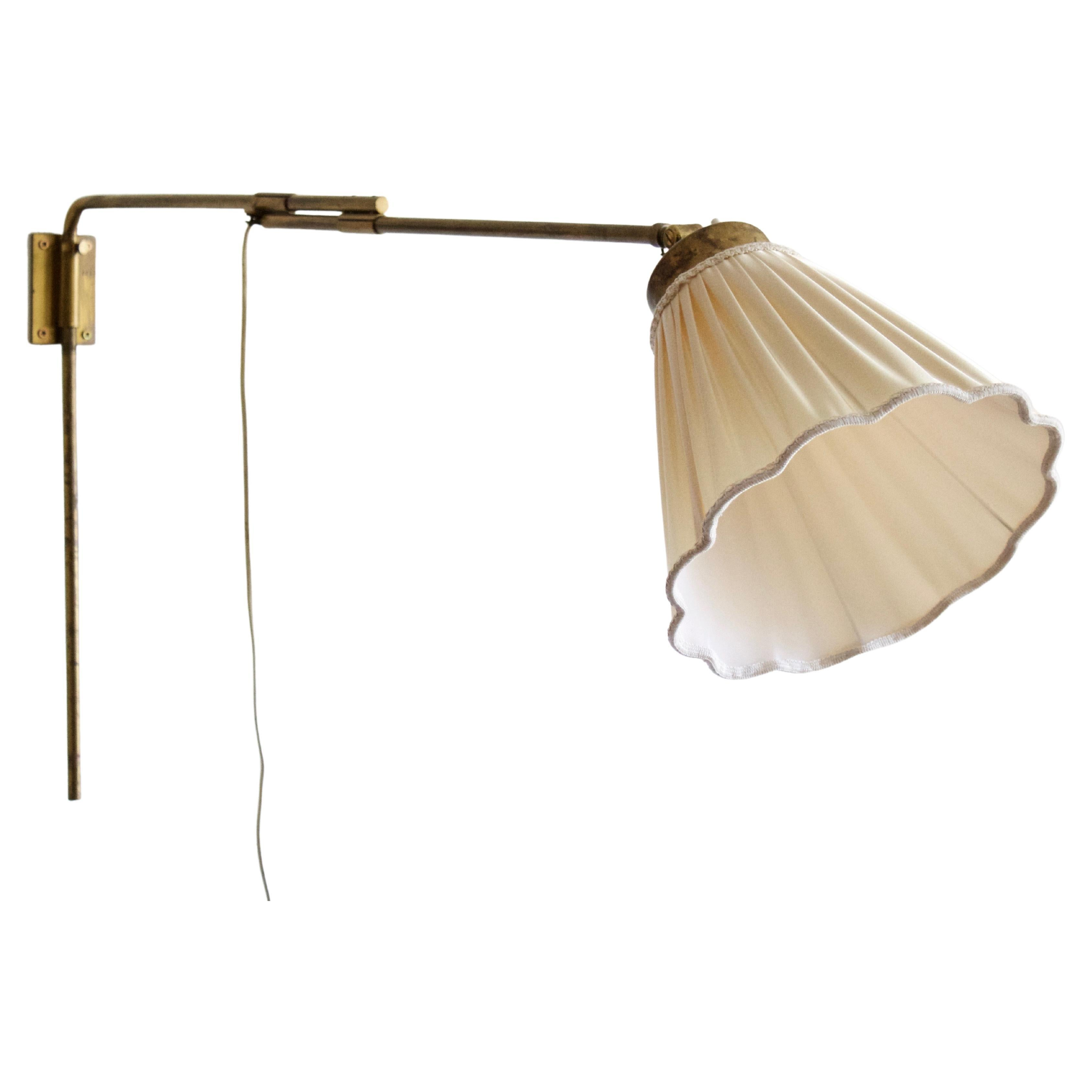 Josef Frank, Rare Adjustable Wall Light, Brass, Svenskt Tenn, Sweden, 1950s
