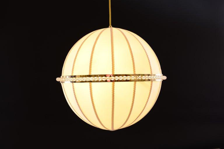 Josef Hoffmann Silk/Brass Chandelier 1908 originally for the Wiener Werkstätte  In New Condition For Sale In Vienna, AT