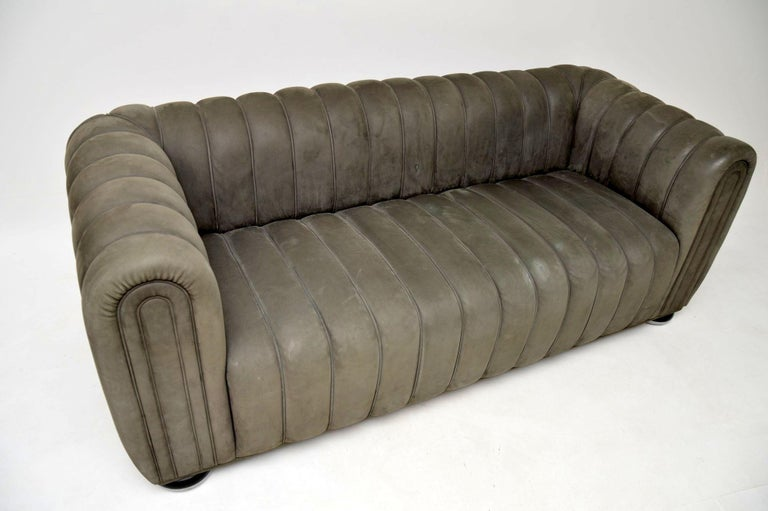 Josef Hoffmann Club 1910 Sofa in Nubuck Leather by Wittmann In Good Condition For Sale In London, GB