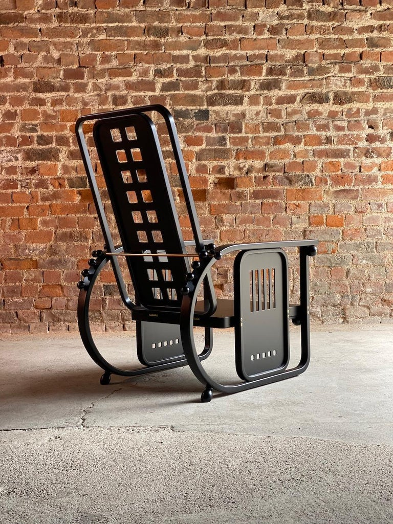 Josef Hoffmann Sitzmaschine Armchair by Wittmann Furniture, Vienna, circa 1980 For Sale 2