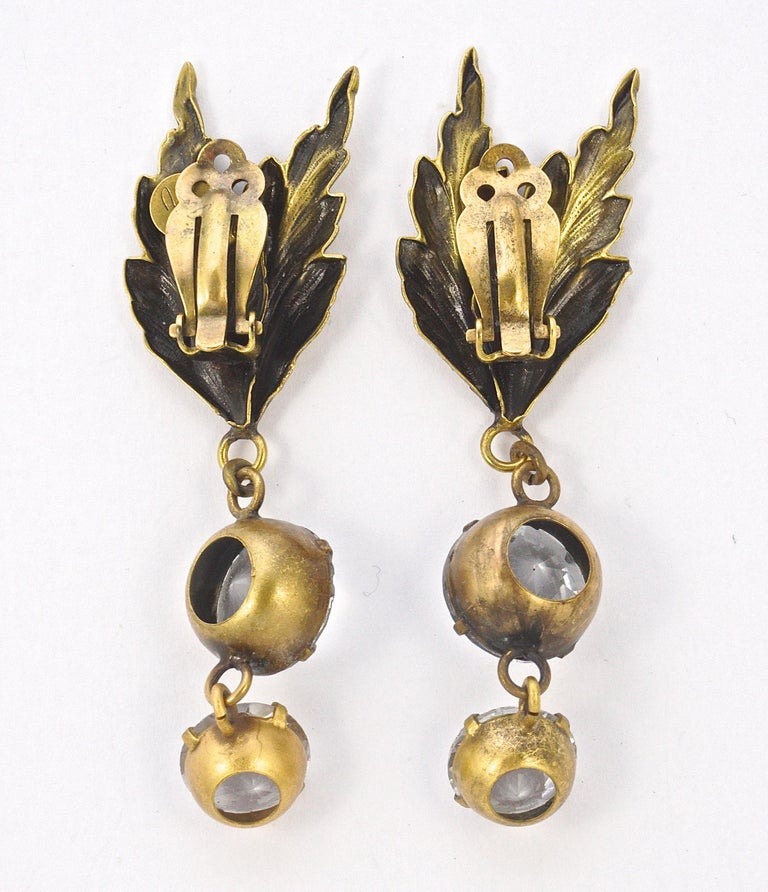 Joseff of Hollywood 1950s Gold Plated Clear Crystal Brooch and Clip On Earrings For Sale 6
