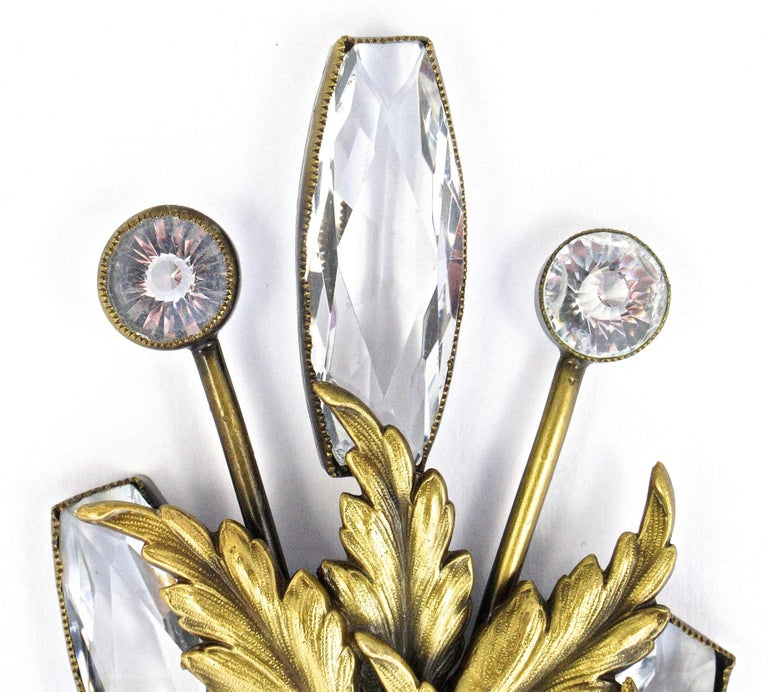 Women's or Men's Joseff of Hollywood 1950s Gold Plated Clear Crystal Brooch and Clip On Earrings For Sale