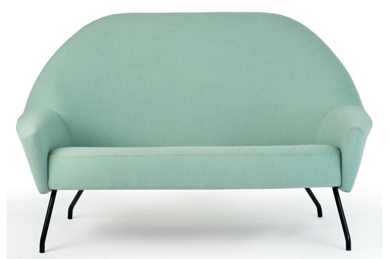 Joseph-André Motte Rare and Futuristic Modernist Model 770 Sofa, France 1950's In Good Condition For Sale In New York, NY