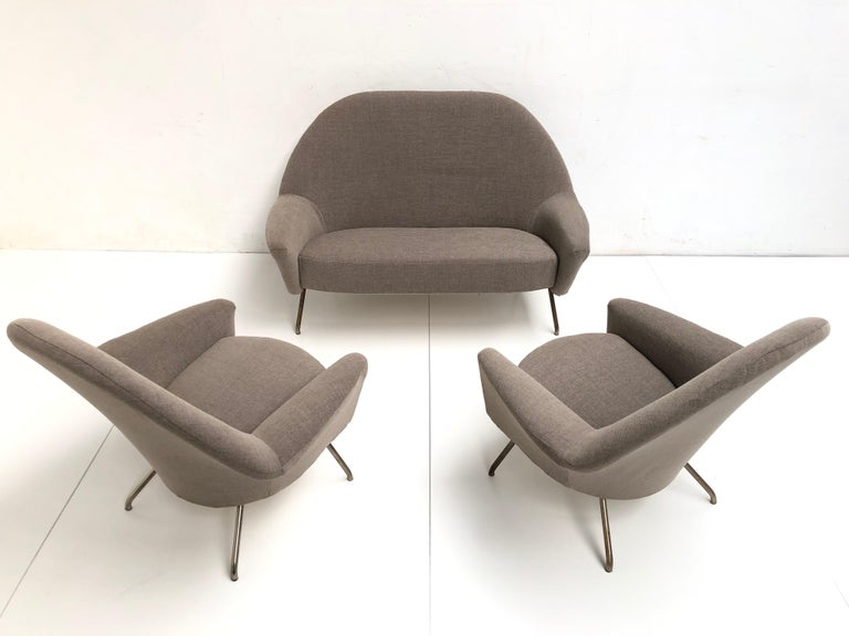 Wool J.A Motte '770' lounge set comprising pair lounge chairs & sofa, 1958, Restored For Sale