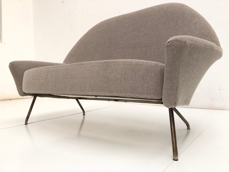 J.A Motte '770' lounge set comprising pair lounge chairs & sofa, 1958, Restored For Sale 4