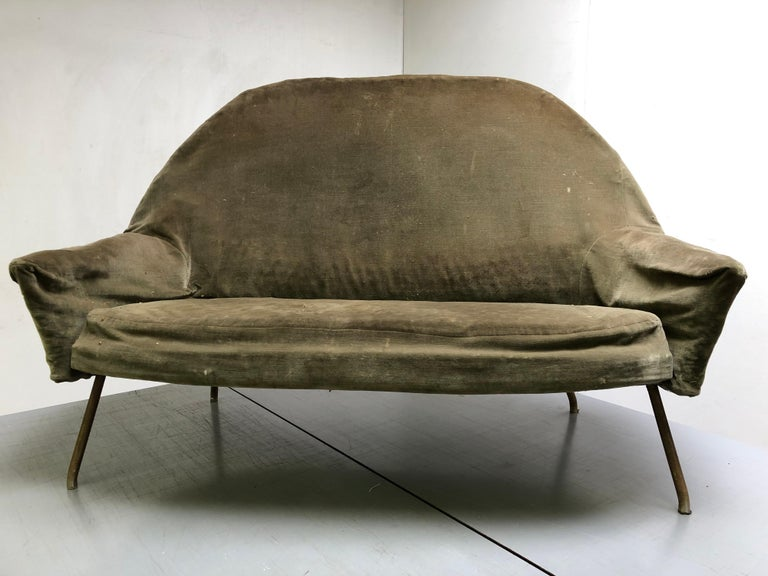 J.A Motte '770' lounge set comprising pair lounge chairs & sofa, 1958, Restored For Sale 7