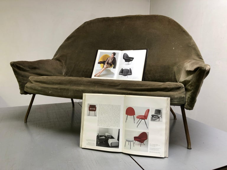 J.A Motte '770' lounge set comprising pair lounge chairs & sofa, 1958, Restored For Sale 8