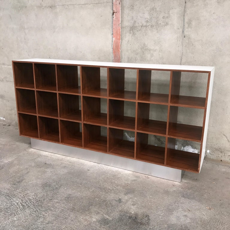 Joseph-André Motte Rosewood Storage Cabinet, 1968 In Excellent Condition For Sale In Grenoble, FR