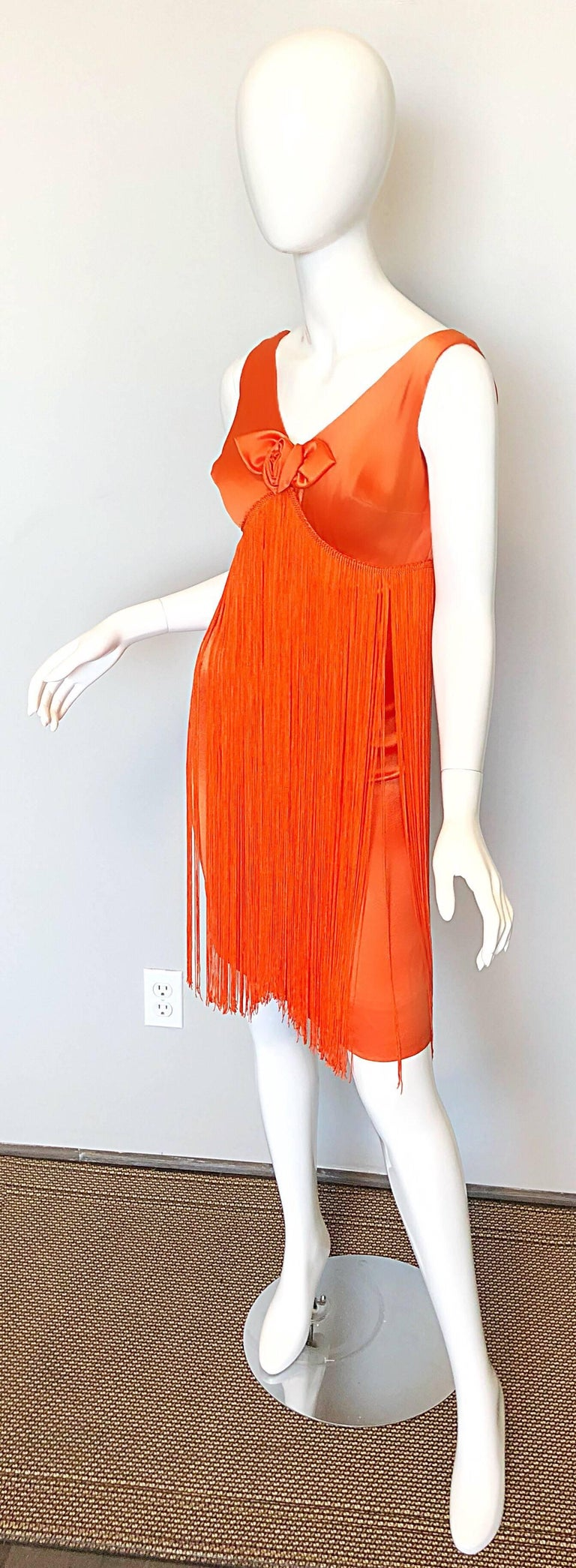 Joseph Magnin 1960s Amazing Bright Orange Fully Fringe Flapper Jersey 60s Dress In Excellent Condition For Sale In Chicago, IL