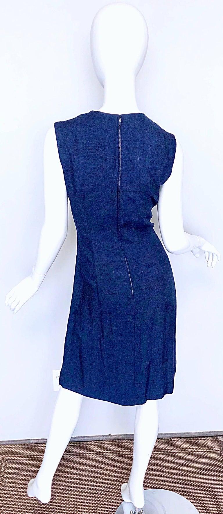 Women's Joseph Magnin 1960s Navy Blue + Red Linen Silk Nautical Vintage 60s Shift Dress For Sale