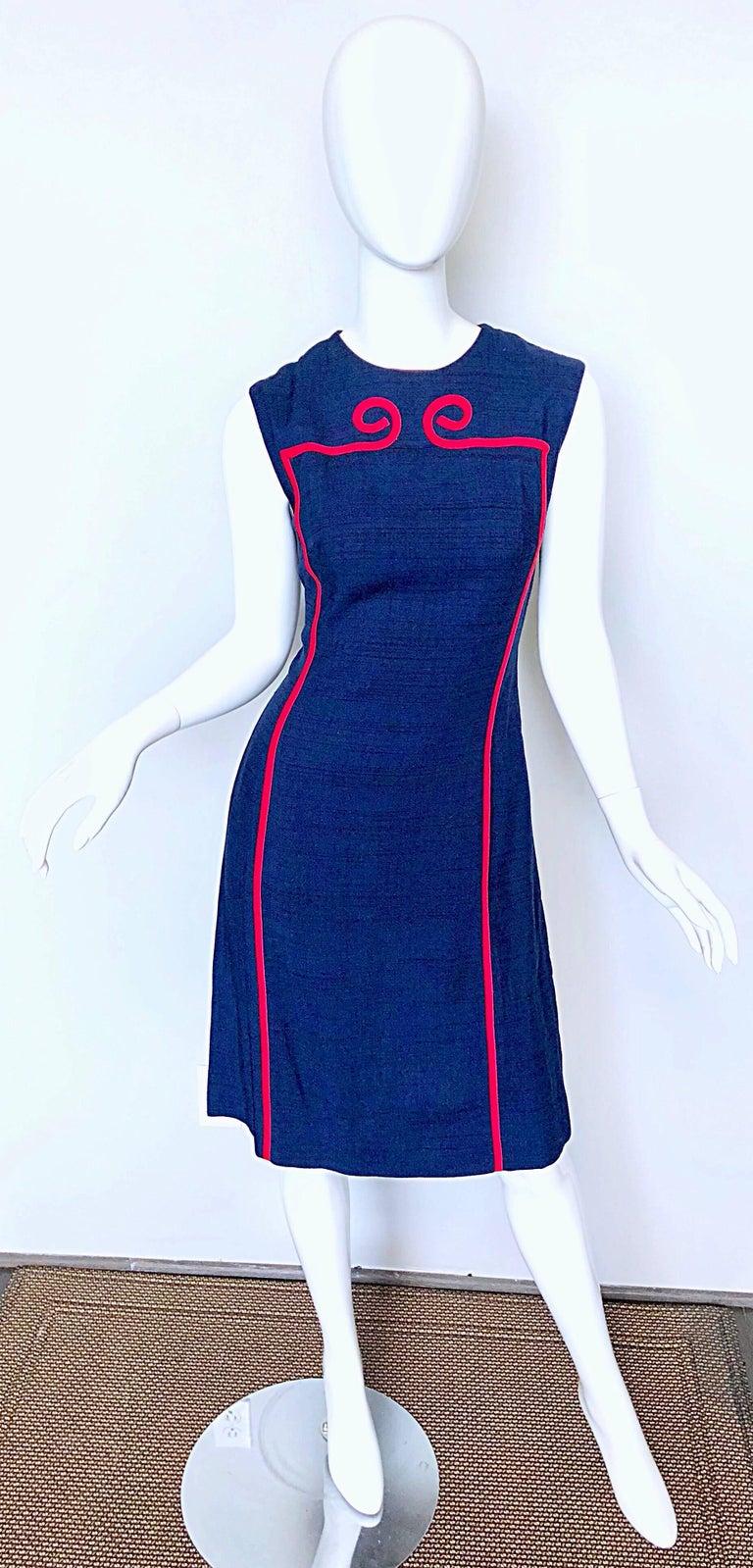 Joseph Magnin 1960s Navy Blue + Red Linen Silk Nautical Vintage 60s Shift Dress For Sale 4