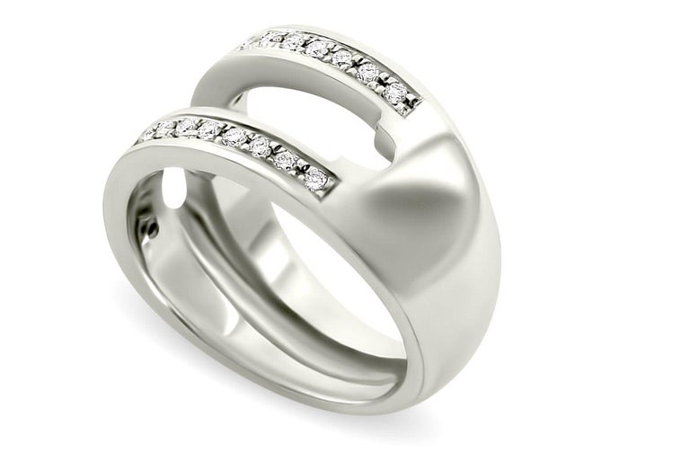 Journey Ring, Your Grace, 18 karat White Gold, Sapphire Insert In New Condition For Sale In Hamilton, QLD