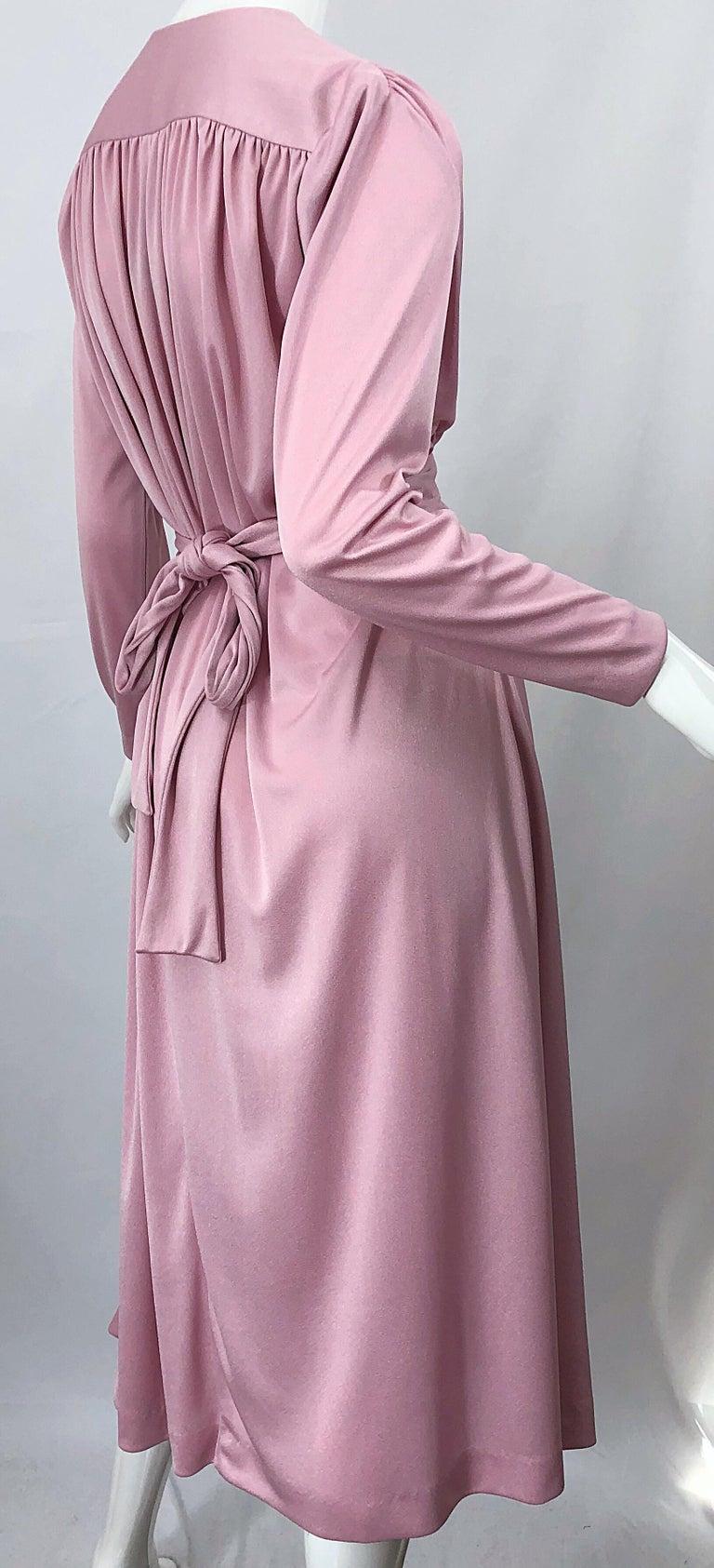 Joy Stevens 1970s Pink Mauve Dusty Rose Long Sleeve Disco Vintage 70s Dress For Sale 7