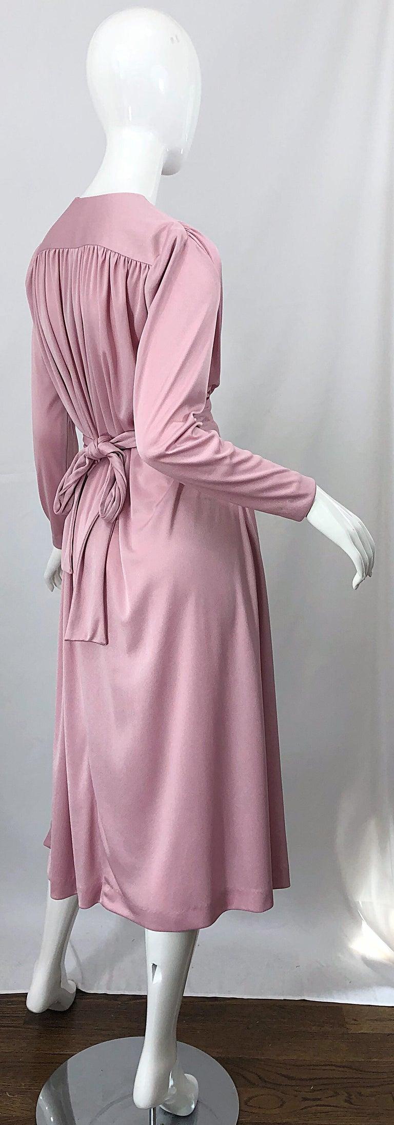 Joy Stevens 1970s Pink Mauve Dusty Rose Long Sleeve Disco Vintage 70s Dress For Sale 3