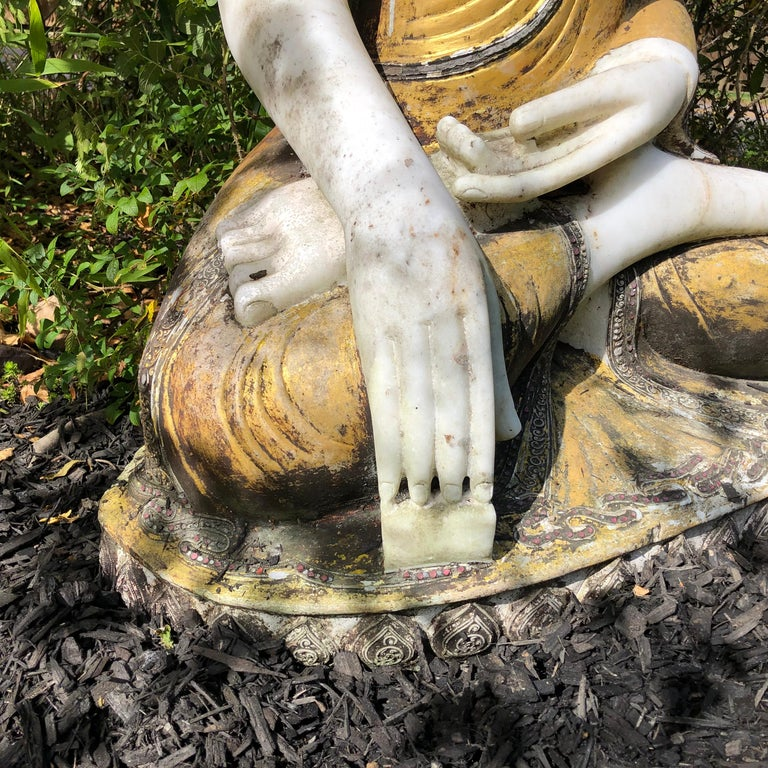 Joyful Big Seated Buddha Hand Carved Hand Lacquered Good Garden Choice For Sale 8
