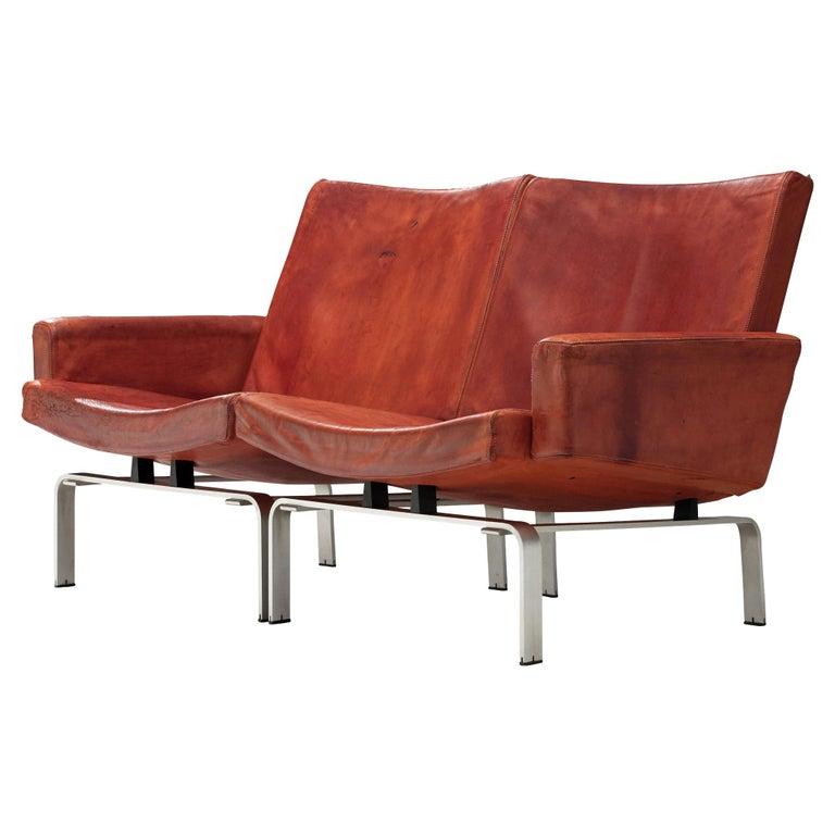 Jorgen Hoj Niels Vitsoøe Sofa '202' in Red Leather and Steel For Sale
