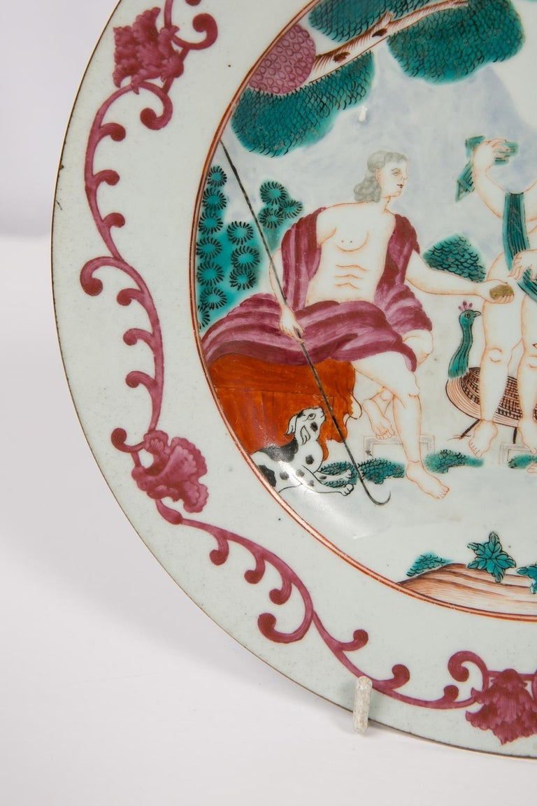 Hand-Painted Judgment of Paris Chinese Export Plate For Sale