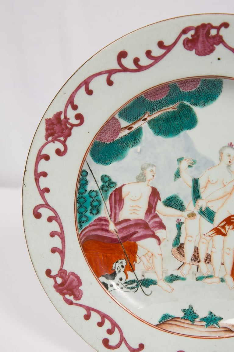 Judgment of Paris Chinese Export Plate In Excellent Condition For Sale In New York, NY