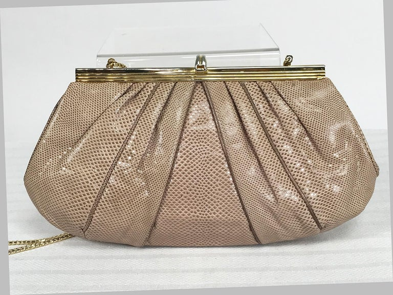 Judith Leiber Gold Frame Tiger Eye Lizard Clutch Shoulder Bag 1980s In Good Condition For Sale In West Palm Beach, FL