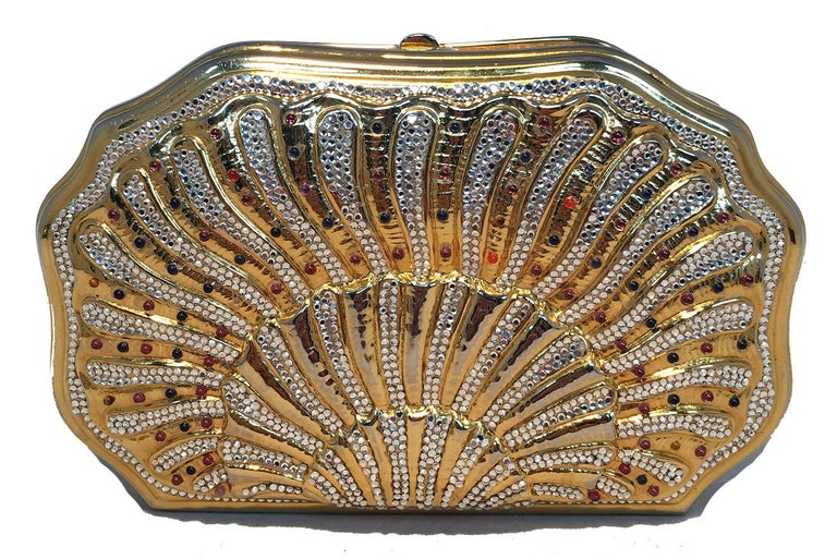 Judith Leiber Swarovski Crystal Gemstone Shell Minaudiere Evening Bag In Excellent Condition For Sale In Philadelphia, PA