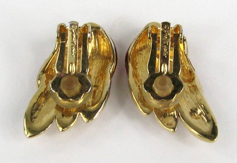Judith Lieber French Enamel Hummingbird Bird Brooch and Earrings For Sale 4