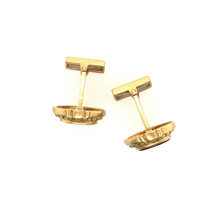 Judith Ripka Gold and Carnelian Intaglio Cufflinks In Good Condition For Sale In New York, NY