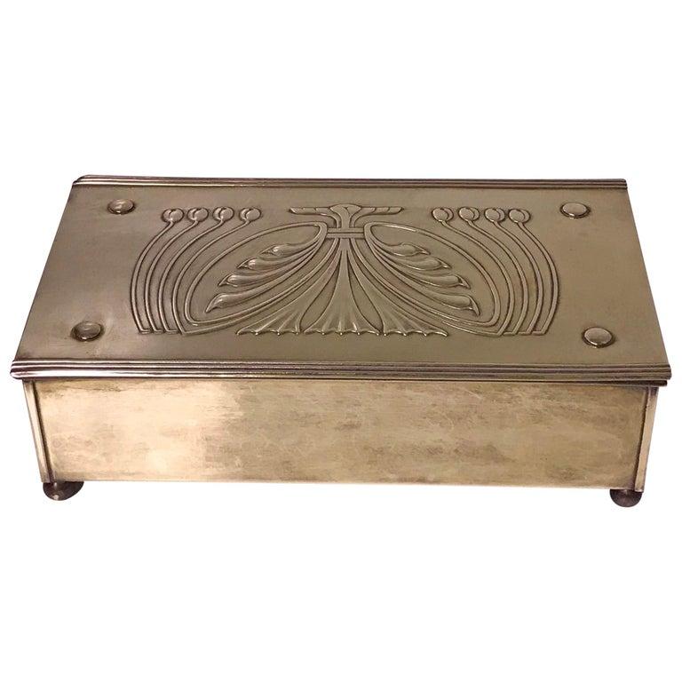 Jugendstil Nouveau Secessionist Brass Box Carl Deffner Germany, circa 1910 For Sale