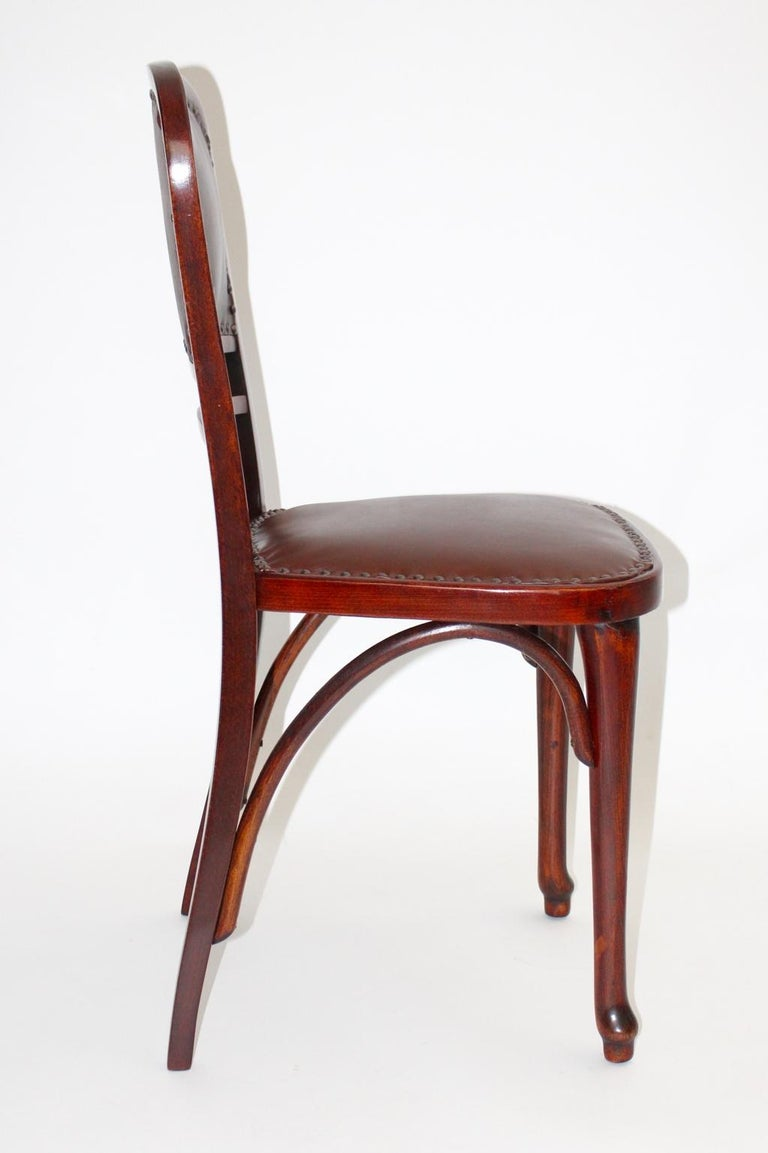 Austrian Jugendstil Vintage Beech and Leather Chair Kat. Nr. 491 by Thonet, circa 1904 For Sale