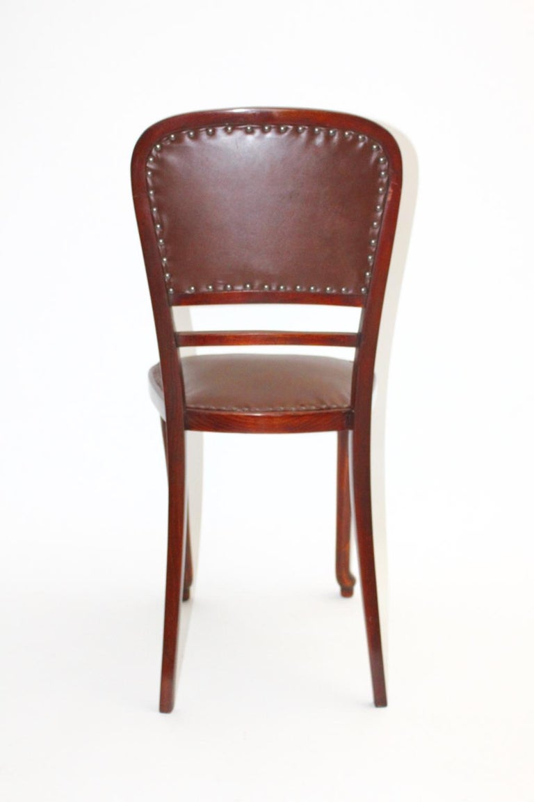 Jugendstil Vintage Beech and Leather Chair Kat. Nr. 491 by Thonet, circa 1904 In Good Condition For Sale In Vienna, AT