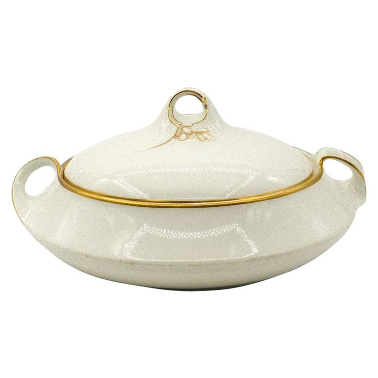Jugenstil Porcelain Tureen by KPM Berlin, 20th Century For Sale