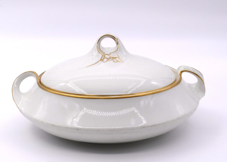 Jugenstil Porcelain Tureen by KPM Berlin, 20th Century In Good Condition For Sale In Roma, IT