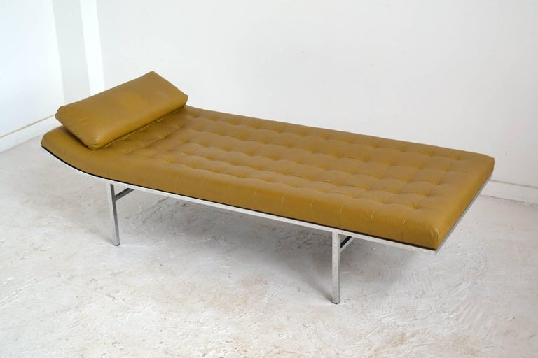 Jules Heumann Chaise by Metropolitan For Sale 1