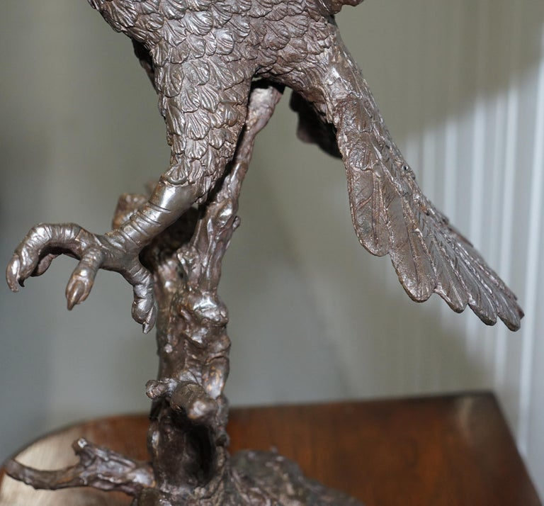 Jules Moigniez Solid Bronze 1860s Statue of Eagle France Made For Sale 3