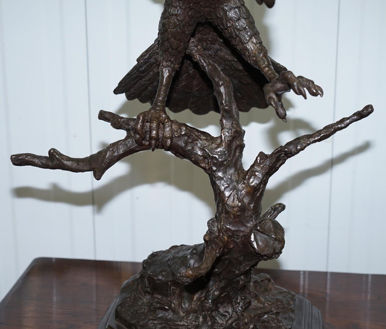 Mid-19th Century Jules Moigniez Solid Bronze 1860s Statue of Eagle France Made For Sale